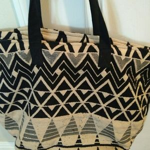 Forever 21 extra large woven tote